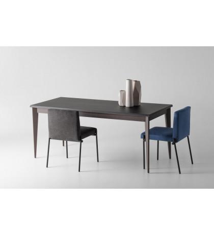 Обеденный стол OLLLY